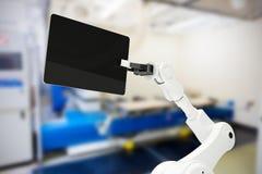 Samengesteld beeld van digitaal geproduceerd beeld van robot met digitale 3d tablet Royalty-vrije Stock Foto