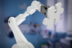 Samengesteld beeld van digitaal samengesteld beeld van robot met 3d figuurzaagstuk Royalty-vrije Stock Afbeelding