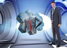 Samengesteld beeld van ernstige zakenman met hand op heup Stock Afbeeldingen
