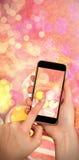 Samengesteld beeld van geschilderde paaseieren in nest Stock Afbeelding