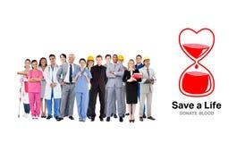 Samengesteld beeld van glimlachende groep mensen met verschillende banen Royalty-vrije Stock Fotografie