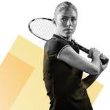 Samengesteld beeld van het speeltennis van de tennisspeler met een racket Royalty-vrije Stock Foto's