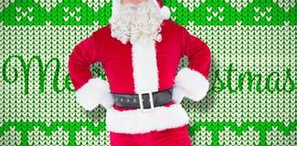 Samengesteld beeld van portret van de Kerstman met handen op heupen stock foto's