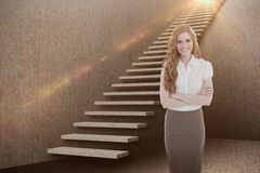 Samengesteld beeld van portret van een elegante onderneemster in 3d bureau Royalty-vrije Stock Fotografie