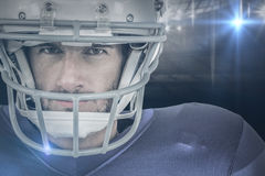 Samengesteld beeld van portret van strenge Amerikaanse voetbalster Stock Foto's
