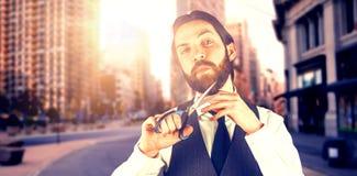 Samengesteld beeld van portret van zakenman scherpe baard door schaar stock afbeeldingen