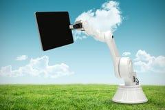 Samengesteld beeld van samengesteld beeld die van robot digitale tablet 3d houden Stock Fotografie