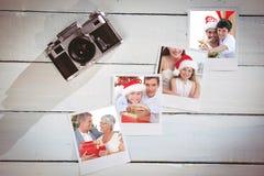 Samengesteld beeld van vader en zoon die Kerstmisboom verfraaien stock foto