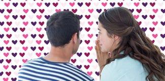 Samengesteld beeld van vrouw het fluisteren geheim aan vriend stock foto's