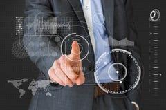 Samengesteld beeld van zakenman in grijs kostuum die aan menu richten Royalty-vrije Stock Foto
