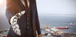 Samengesteld beeld van zakenman met robotachtige hand die voor 3d handdruk naderbij komen Royalty-vrije Stock Fotografie