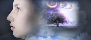 Samengesteld beeld van samengesteld beeld van zonnestelsel tegen witte achtergrond Royalty-vrije Stock Foto's