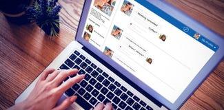 Samengesteld 3d beeld van interface van praatjetoepassing Stock Foto's