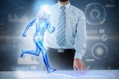 Samengesteld 3d beeld van midsection van zakenman wat betreft het onzichtbare scherm bij bureau Stock Afbeeldingen