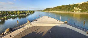 Samenloop van de rivieren van Rijn en van Moezel Royalty-vrije Stock Foto's