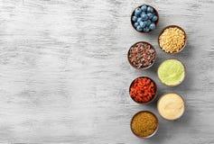 Samenstelling met assortiment van superfoodproducten Royalty-vrije Stock Fotografie