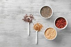 Samenstelling met assortiment van superfoodproducten Stock Fotografie