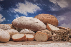 Samenstelling van groenten, brood en broodjes royalty-vrije stock foto