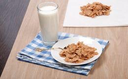 Samenstelling van melk en troepen Stock Foto