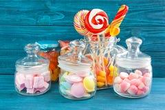 Samenstelling van verschillend suikergoed royalty-vrije stock afbeeldingen