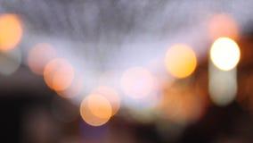 Samenvatting vage lichten door Kerstmis stock videobeelden