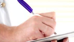 Samiec doktorskiego writing medyczna recepta lub świadectwo zdjęcie wideo