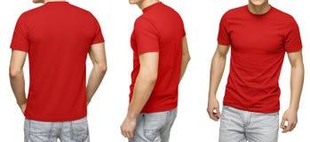 Samiec w pustej czerwonej koszulce, przodzie i tylnym widoku, odosobniony biały tło Projektuje mężczyzna tshirt mockup dla druku  Fotografia Royalty Free