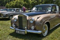 Samla av Rolls Royce och andra lyxiga bilar i Asheville North Carolina USA royaltyfri foto