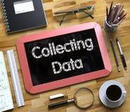 Samla data - text på den lilla svart tavlan 3d Arkivbilder