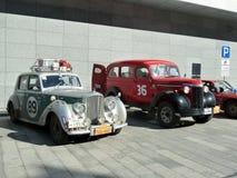 Samla Peking till Paris 2013, Kharkov, parkering, bilar 89,36 Arkivfoto