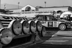 Samlar den gamla tävlings- bilen för LANCIA DELTAINT 16V 1994 LEGENDEN 2017 det berömda SANMARINSKA historiska loppet Royaltyfri Bild