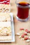 Samling av bönagodisar och sötsaker Mawlid Halawa Arkivfoto
