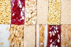 Samling av bönagodisar och sötsaker Mawlid Halawa Arkivfoton