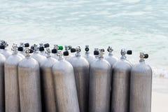Samling av behållare för luft för dykapparatdykning Arkivbild