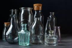 Samling av dekorativa flaskor Arkivfoton