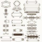 Samling av dekorativa ram och krusidullar för vektor stock illustrationer