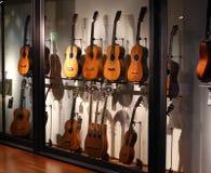 Samling av gitarrer Arkivbild