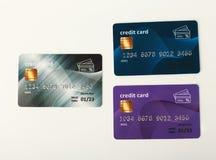 Samling av isolerade färgglade kreditkortar Arkivbild