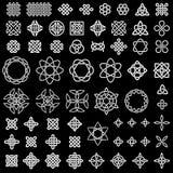 samling 50 av keltiskt, kines och annan knyter Arkivbild