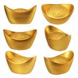 Samling av kinesiska guldtackor med olika vinklar som isoleras på vit bakgrund Royaltyfri Bild