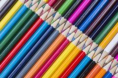 Samling av kulöra träblyertspennor Fotografering för Bildbyråer