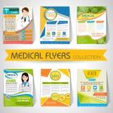 Samling av medicinska reklamblad, mallar och baner Arkivfoton