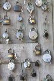 Samling av olika padlocks Arkivfoto