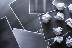 Samling av olikt skrynkligt papper p? fotokopiapapperstextur och bakgrund arkivfoto