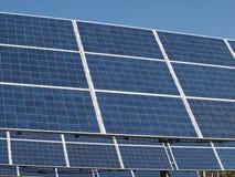 Samling av photovoltaic paneler Arkivfoto