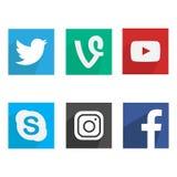 Samling av populära sociala massmedialogoer Plan design vektor illustrationer