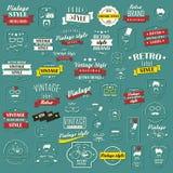 Samling av retro etiketter för tappning, emblem, stämplar, band Royaltyfria Foton