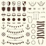 Samling av sköldar, emblem och etiketter den lätta designen redigerar element till vektorn vektor illustrationer