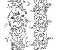 Samling av två gränser för monokrom sömlös modell för lodlinje blom- Royaltyfria Bilder
