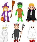 Samling av ungar med den halloween dräkten Fotografering för Bildbyråer